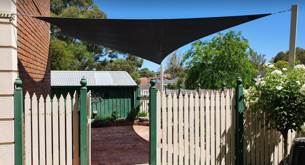 4 point shade sail 2 points off house 2 posts